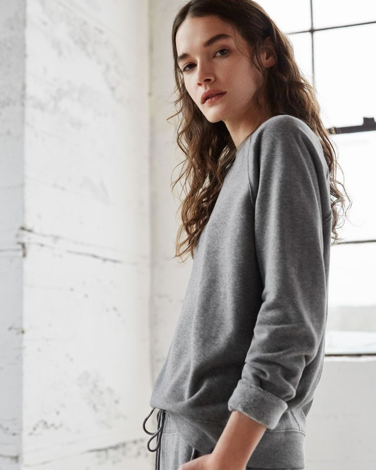 Cut from Brushed Cashmere Fleece, the Rec Raglan Pullover will take you from the studio to drinks in style. | Kit and Ace