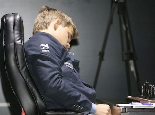 Game 8. Magnus is not sleeping, he´s in trance. It´s for the poor lighting in the hall.