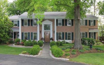 Lovely, traditional exterior in Indian Hill, Ohio Personal Property Sale EBTH