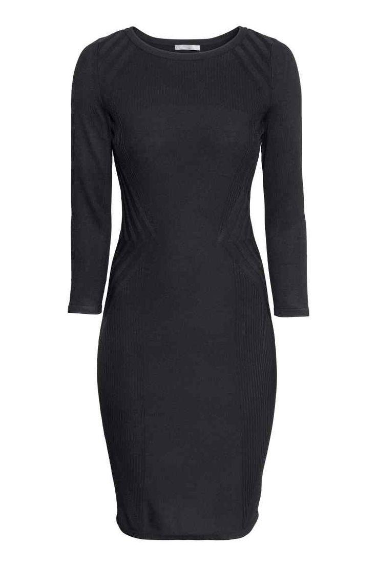 Rochie tricotată cu motive | H&M