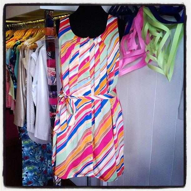 Vestido Guacamayo de @LaCofradia_ropa divino!