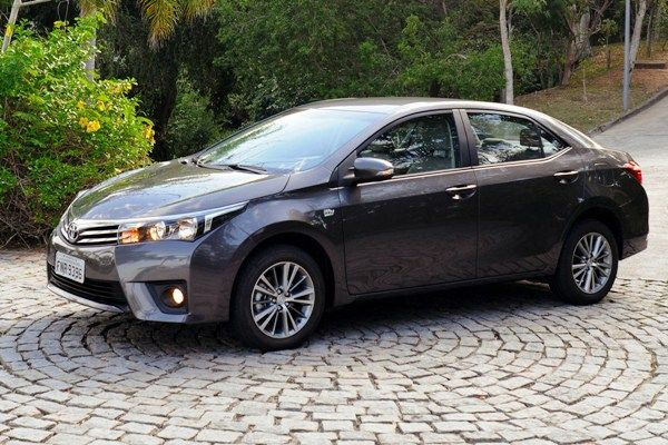 Teste: Toyota Corolla XEi - Demanda que manda - MotorDream
