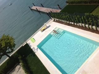 Lake Garda Tourism: TripAdvisor has 355,311 reviews of Lake Garda Hotels, Attractions, and Restaurants making it your best Lake Garda resource.