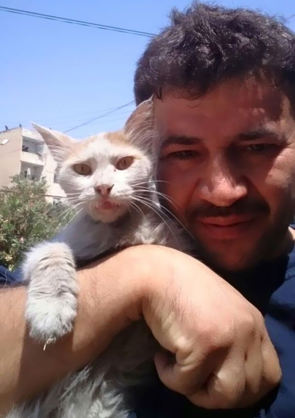 Meet Mohammad Alaa Aljaleel, also known as 'the cat man of Aleppo', Syria. Despite all the tragedy and devastation happening in his war-torn city, Aljaleel is staying there - ''no matter what happens''- to take care of more than a hundred stray and abandoned cats.