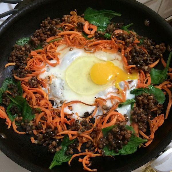Cheesy, Creamy, Avocado Pasta (GF, Vegan) - To Live & Diet in LA