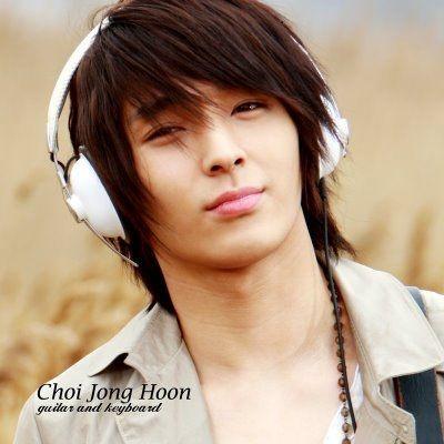 jonghoon ft island | FT.ISLANDs JongHoon vs CN.BLUEs Jong Hyun. Vote for the best ...