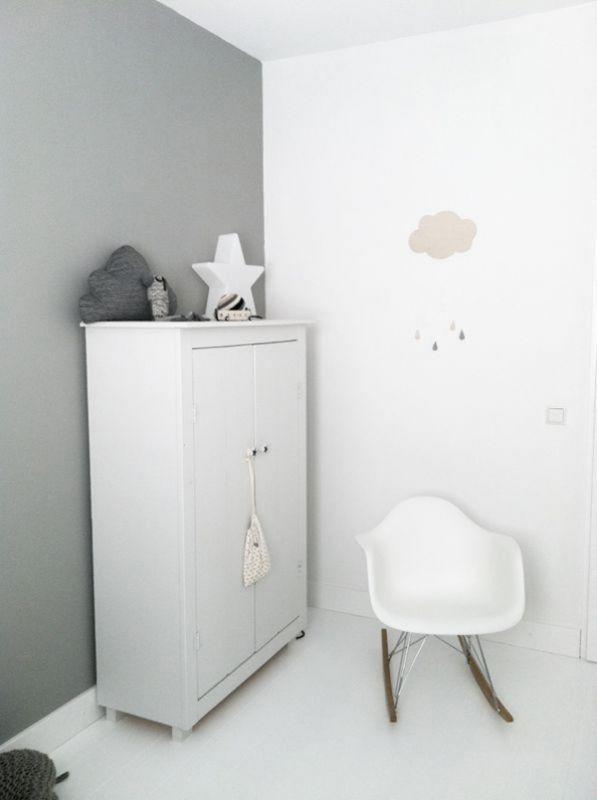 Interieur & kids  Kleine babykamer inrichten? Dit zijn mijn tips! • Stijlvol Styling - WoonblogStijlvol Styling – Woonblog