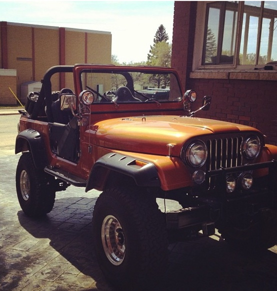 1986 Jeep CJ7 Completely Redone. Quite An Awesome Ride