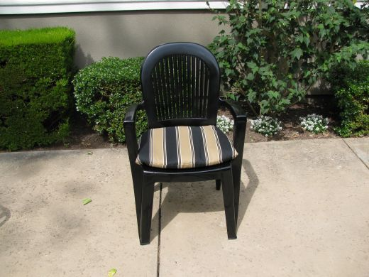 Painting Outdoor Furniture With Krylon Fusion For Plastic