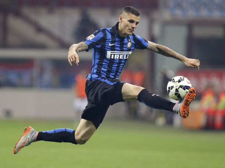 Inter Milan's Mauro Icardi controls the ball during the Serie A soccer match against Empoli in Milan, Italy.  Antonio Calanni, AP