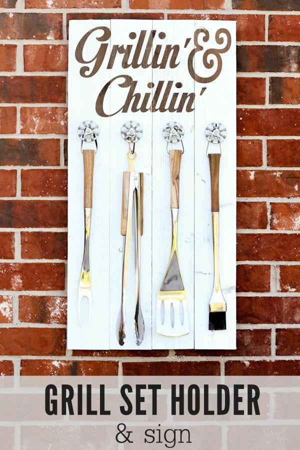 Grill Set Holder - Grillin' and Chillin' Sign tutorial on { lilluna.com }