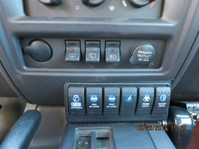 2001 Jeep Cherokee XJ rocker switches