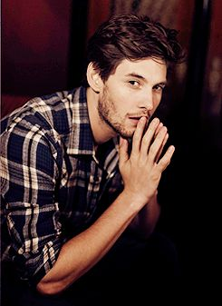 Ben Barnes @Jessica Holland how could you not find him attractive?