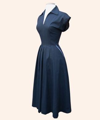 Runaround Sue from Vivien of Holloway   1950s Dresses from Vivien of Holloway. Just a casual day dress