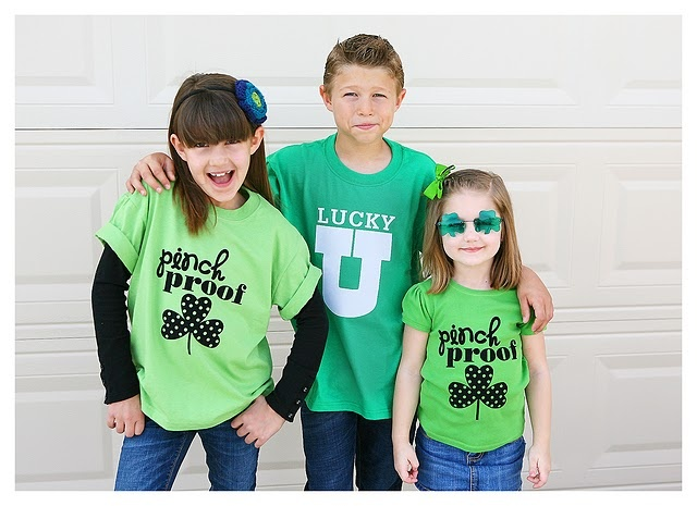 "St Patrick's Day ""pinch-proof"" shirts (a silhouette project)Silhouette Projects, Silhouettes Machine, Patricks Tshirt, Pinch Proof, St Patricks Day, St Patti, Silhouettes Projects, Birthday Weeks, Patricks T Shirts"