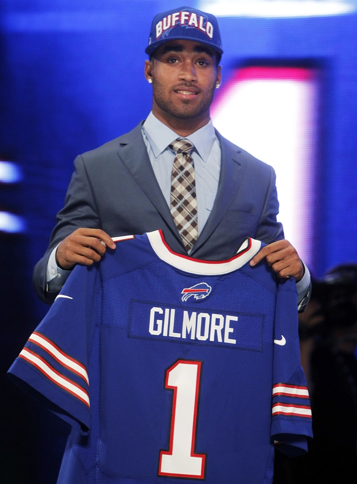 With the 10th pick in the 2012 NFL Draft the Bills have selected South Carolina DB Stephon Gilmore.