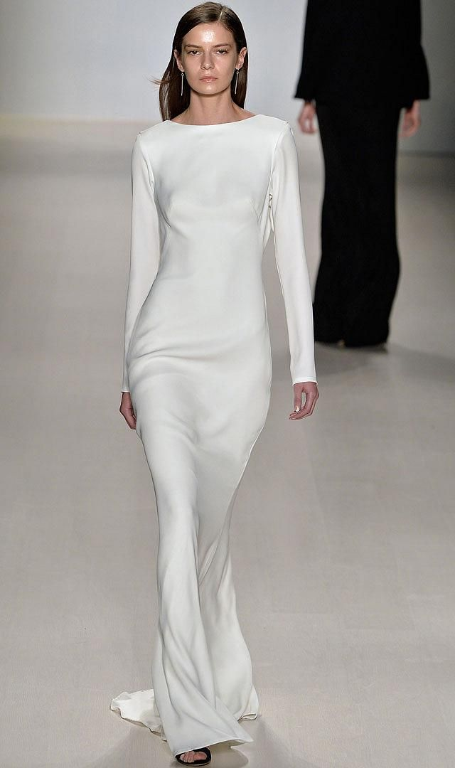 White Always a Winner - http://www.mildred.co/issue-95/finesse-fashion/white-always-a-winner/  #fashion #Zimmermann #Herrera #Mischka #SpringFashion #white