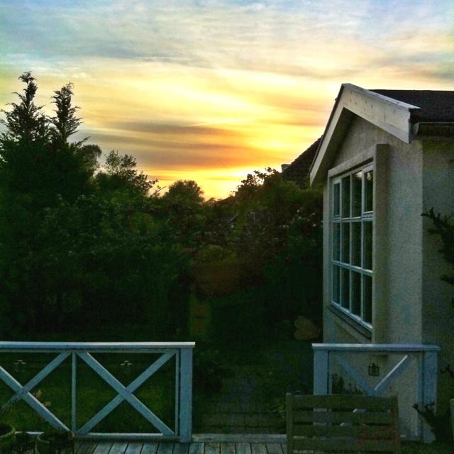 Quiet spring evening @ home