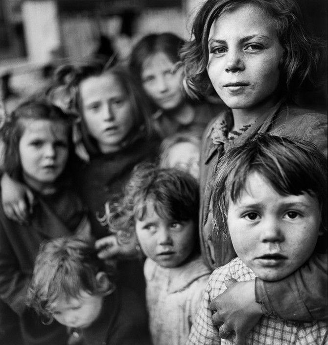 Elliott Erwitt - Venice, Italy, 1949.