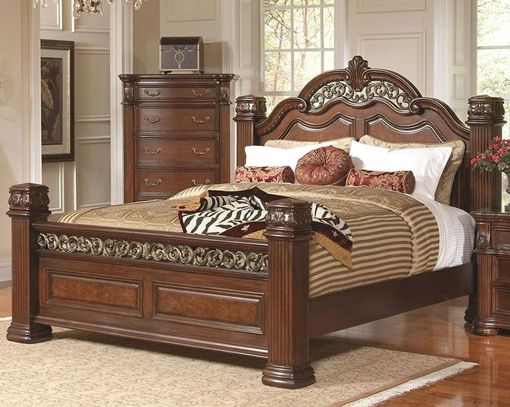 Awesome Bedroom Sets with Pillars