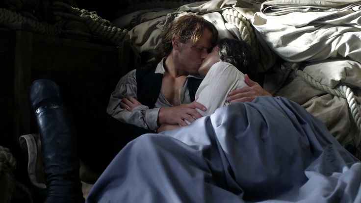 Love on the Artemis ♥♥ - Jamie and Claire - Outlander_Starz Season 3 Voyager - Episode 309 The Doldrums - November 12th, 2017