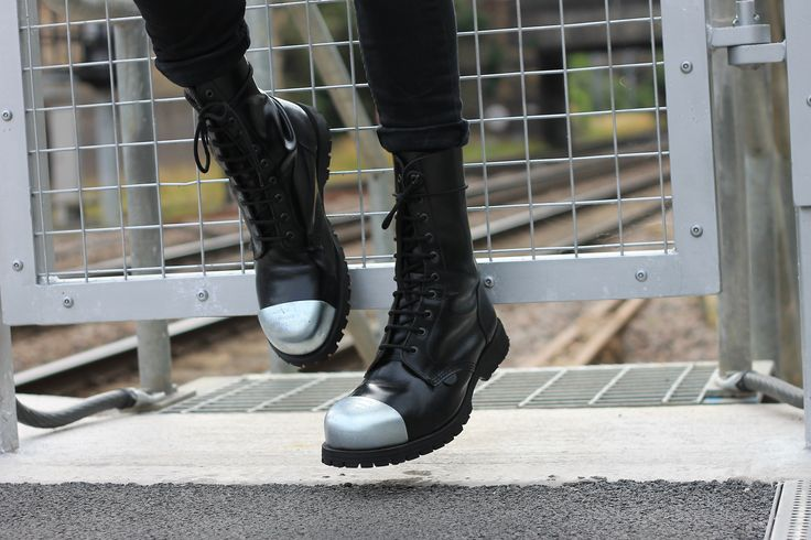 Outer steel cap boots
