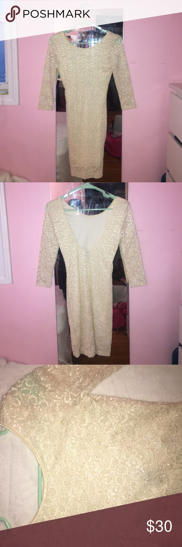 Windows body con dress Sparkly, cream body con dress from Windsor! Low cut U shaped open back. Cream lining with patterned lace overlay. WINDSOR Dresses Mini
