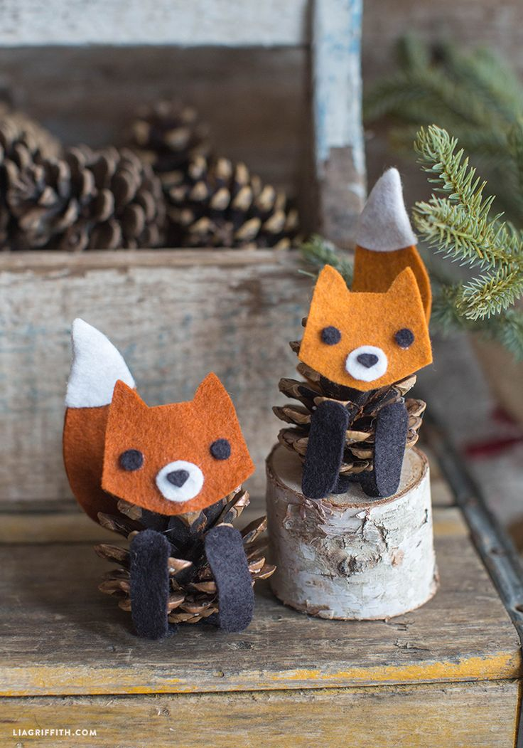 Felt Pinecone Fox - Lia Griffith