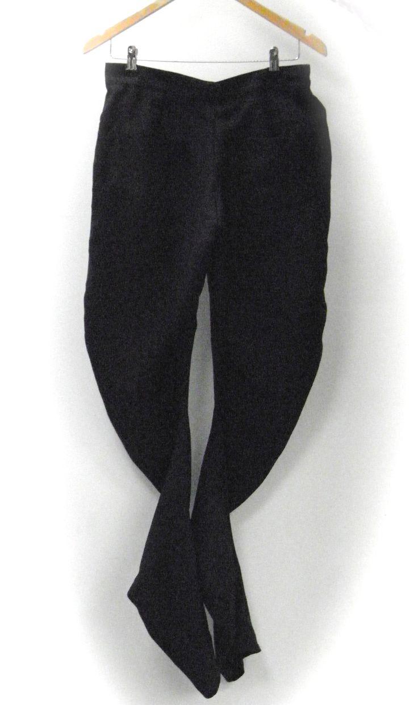 Twisted inner leg seam, apple peel shape  pants