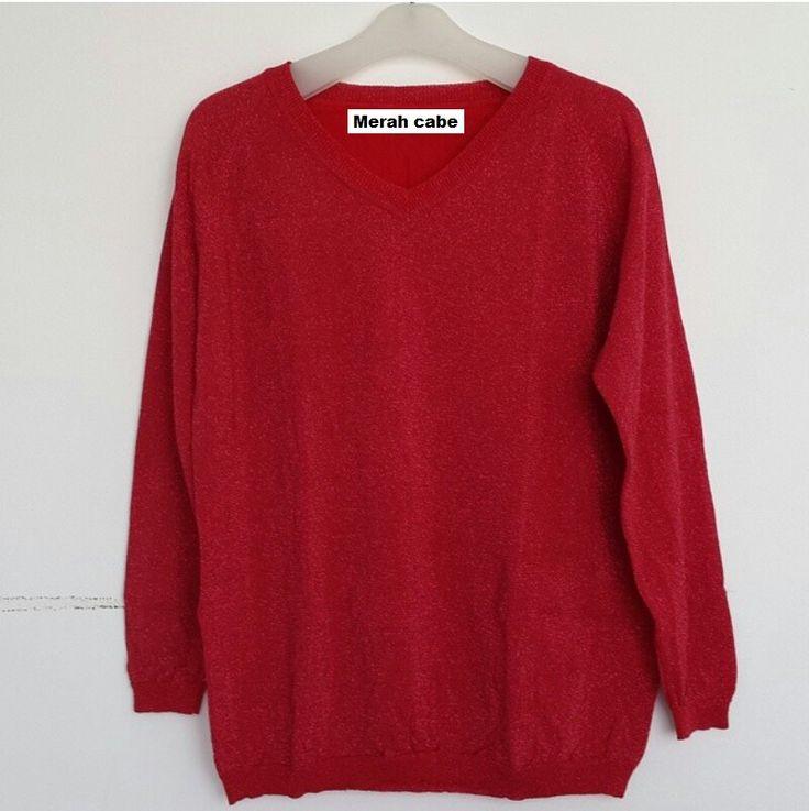 #Sweater Gliter Import Lengan Panjang (B082) ~ 125ribu. Warna : Merah cabe. Bahannya bagus & halus #Bahan rajut. Ukuran : One Size/All size. Fit sampe ukuran XL (LD = 104cm, Pjg baju 60cm)