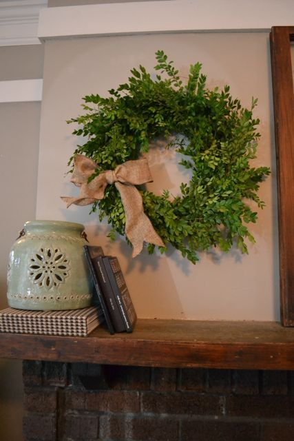 How to make a $2 boxwood wreath - NewlyWoodwards