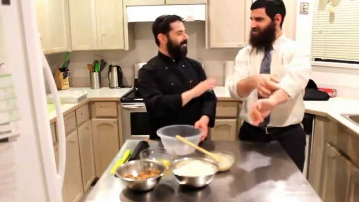 The Rabbi & The Chef - Cinnamon buns - Episode 9 Enjoy an easy to make recipe yet so delicious that it will quickly become part of your regular recipes of choice. The Rabbi reminds us that food is not only a physical nuritionment but also spiritual.  https://www.youtube.com/watch?v=SRVymn2OUIQ