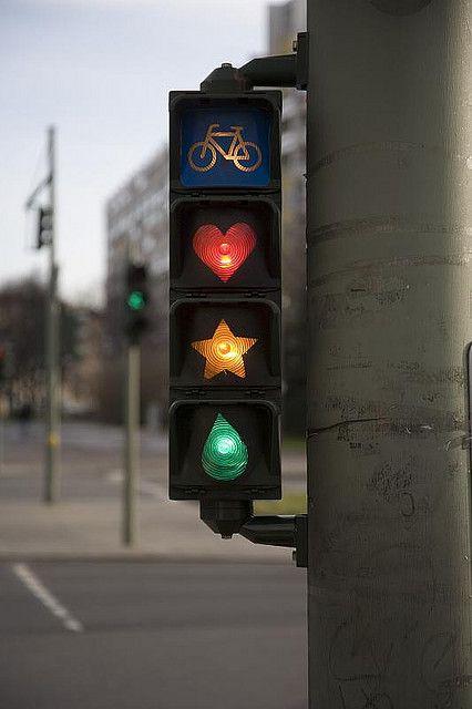 Un feu tricolore inspiré par Mario Kart | Berlin | Allemagne