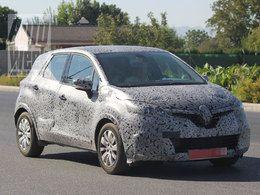 Spyshot Renault Clio crossover