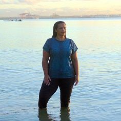 From LAND to SEA in Serpentine Teal Tee & Relax Capri Tight! http://blitzactive.com.au/just-in/serpentine-tank-teal.html Feel good, look great - activewear sizes 16-26 Made in Australia              #blitzactive #blitzactivewear #curvychics #plussizeactivewear #feelgoodlookgreat #tshirt #rashie