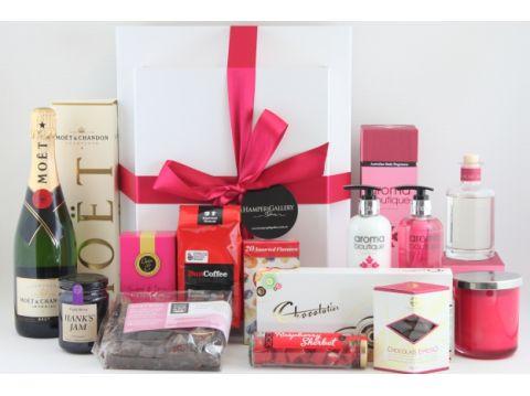 Wedding Gift Basket Australia : Gift hampers, gift baskets, Christmas hampers, baby hampers, corporate ...