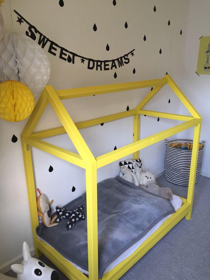 Bedhuis geel/zwart/wit/grijs