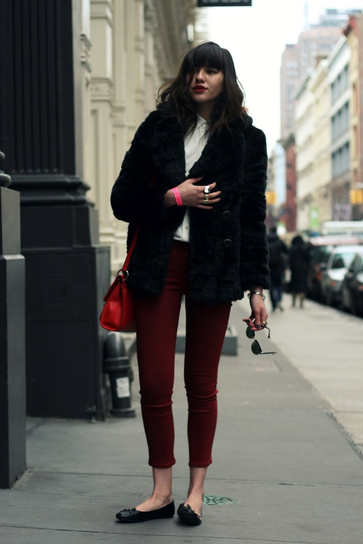 Natalie from Natalie Off Duty wearing Goldsign jeansRed Fashion, Winter, Bloggers Style, Street Style, Fall Fashion