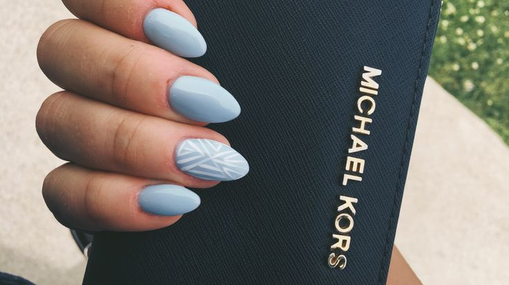 Baby Blue & White Nails