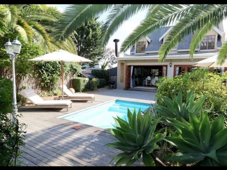 7 Penny Lane - Charming and sunny house with pool in Somerset West, Cape Town, for holiday rental.Beautiful cottage style house with stunning wooden floors situated in a quiet lane in Somerset West.  Lounge with wood ... #weekendgetaways #somersetwest #winelands #southafrica