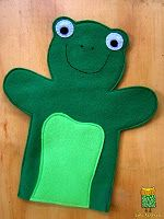 felt animal puppets - lots of inspiration! Love this froggy :)