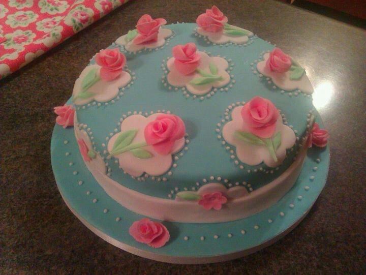 Cath Kidston cake!