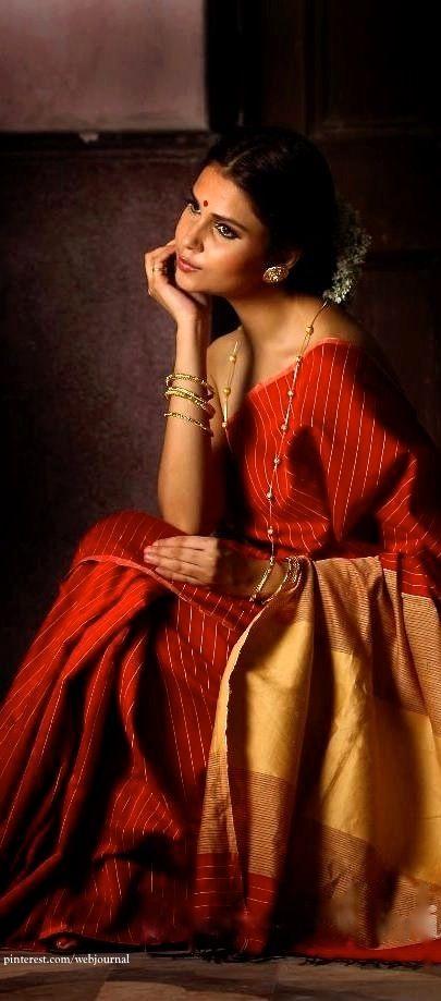 Handloom silk from Weaves of India