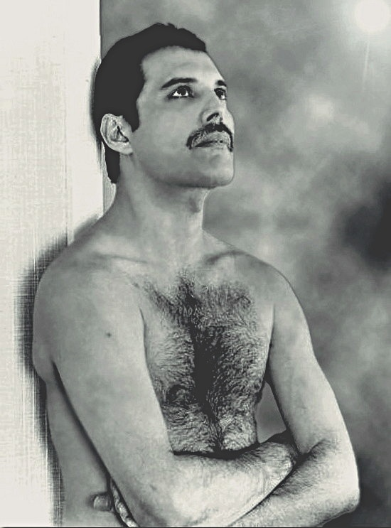 Freddie Mercury. My favourite photo of him. I began worshipping at the alter of Queen when I was 10 years old. 40 years on I still do x