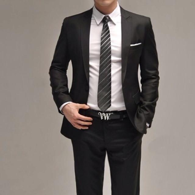 Excelente traje. Formal, moderno y de mucho estilo