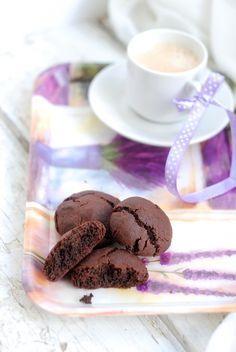 как я учусь готовить - Шоколадное печенье и трюфели из молочного шоколада