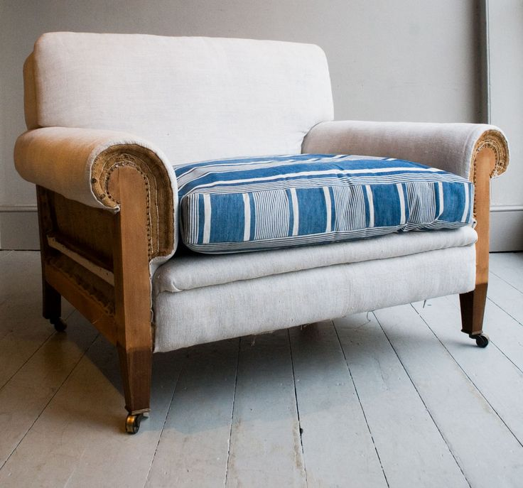 Vintage French Cotton Mattress Cover 'Blue & White' – HOWE at 36 Bourne Street