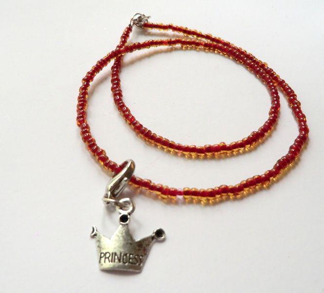 Mädchen/Girl Kette mit Krone-Anhänger rot-silber von soschoen auf DaWanda.com