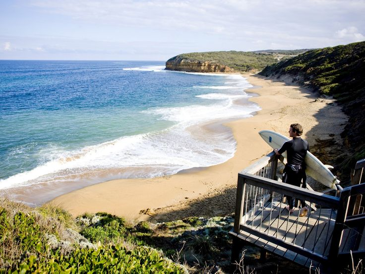 Planning a Melbourne road trip? Check out these 15 epic Melbourne getaways, from the Great Ocean Road and Mornington Peninsula to Yarra Valley and more.
