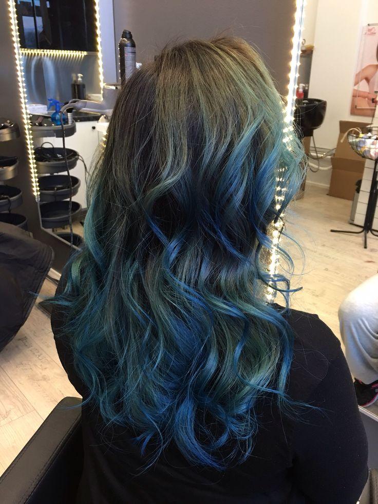 Blue ,Hair ,bluehair,longhair,wavyhair,hiukset,pitkäthiukset,sininen,siniset hiukset,mermaidhair